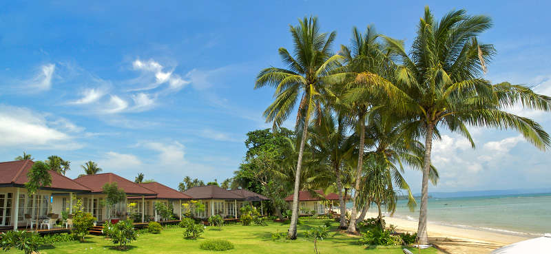 Best Beach Bungalows With A Panoramic View Of The Sea And Beach On